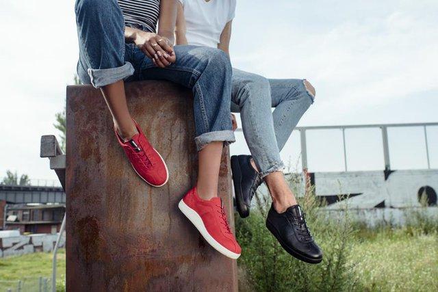 Ecco Soft 1 - Đôi sneaker cho giới trẻ mê phong cách retro - Ảnh 1.