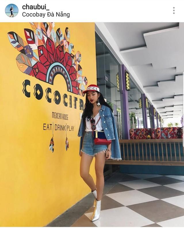 Nhìn lại những outfit ấn tượng được Châu Bùi cùng dàn hot teen chưng diện, khoe dáng tại Đà Nằng