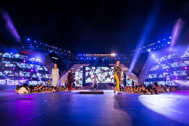 6 lý do không thể bỏ lỡ đêm tiệc thời trang, âm nhạc hội tụ Mỹ Tâm, Noo Phước Thịnh, Tóc Tiên, Đông Nhi, Soobin Hoàng Sơn - Ảnh 7.