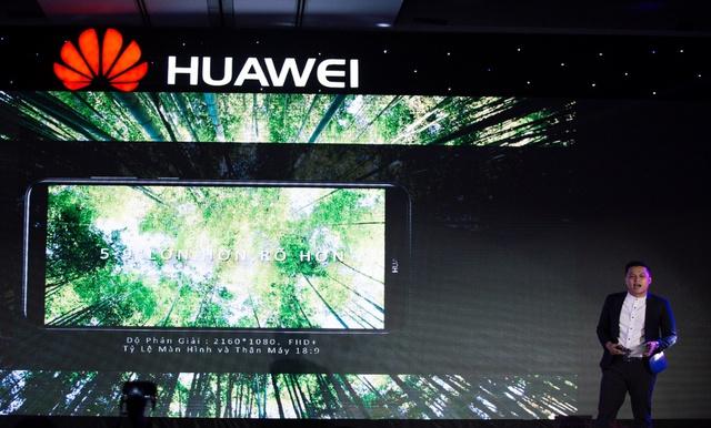 4 lý giải cho cơn sốt Huawei nova 2i trong phân khúc tầm trung - Ảnh 3.