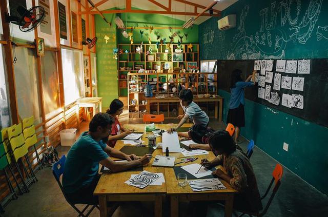 6 điểm đến cực nghệ cho một cuối tuần đặc biệt giữa lòng Hà Nội, Sài Gòn - ảnh 23