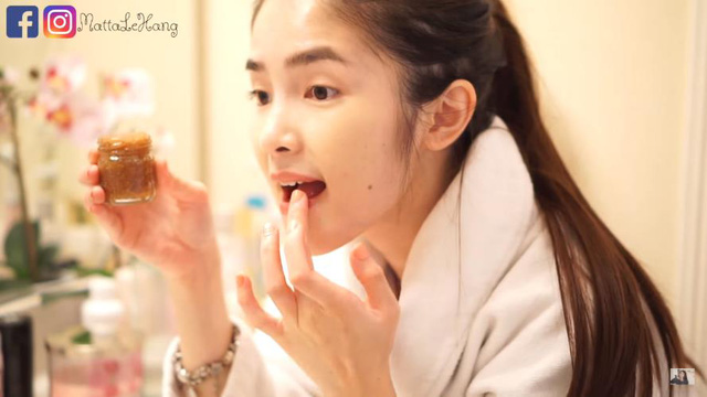 Bí quyết của các Beauty Blogger giúp môi tránh bị khô và thâm - Ảnh 3.