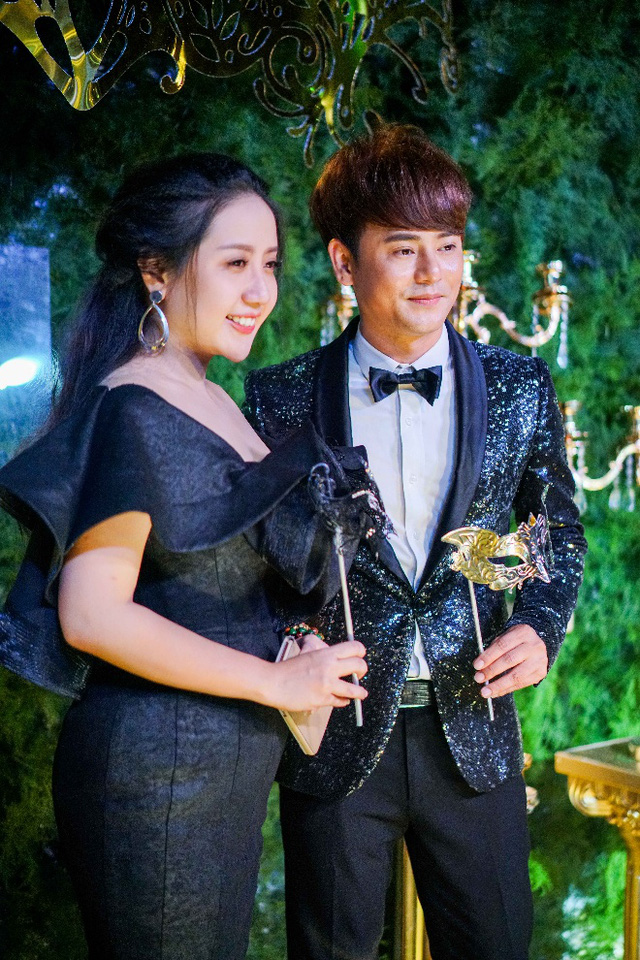 Hồ Ngọc Hà, Kim Lý và dàn sao Việt đọ sắc trong sự kiện - Ảnh 18.