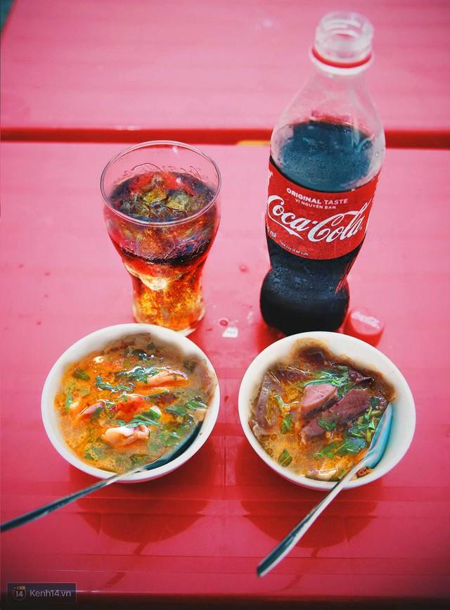 """6 món ăn """"thần thánh"""" của Sài Gòn bạn không thể phớt lờ - Ảnh 1."""