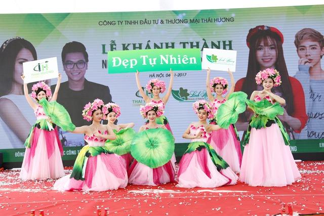 Sao V-Pop hội tụ trong sự kiện của mỹ phẩm thiên nhiên Linh Hương - Ảnh 4.
