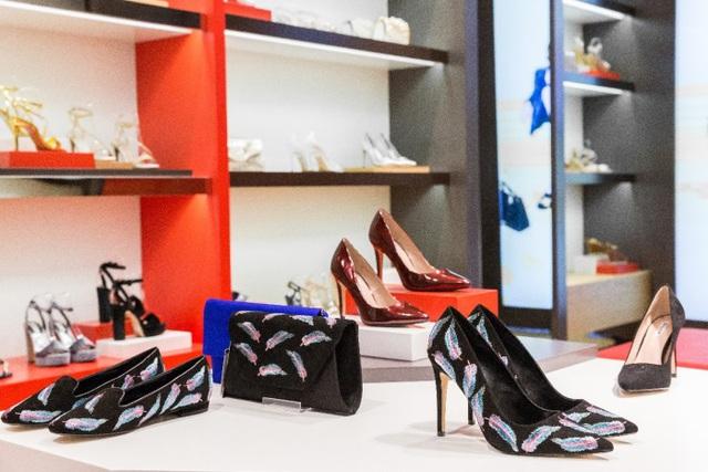 Tăng Thanh Hà, Phillip Nguyễn cùng Kim Nhung dự khai trương thương hiệu giày đến từ Anh Quốc - Ảnh 9.