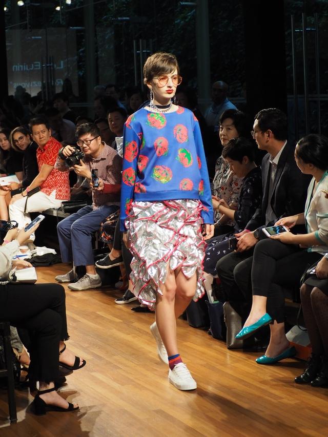 Tuần lễ thời trang Singapore 2017 - Nơi thể hiện thành công của các nhà thiết kế trẻ tài năng MDIS - Ảnh 2.