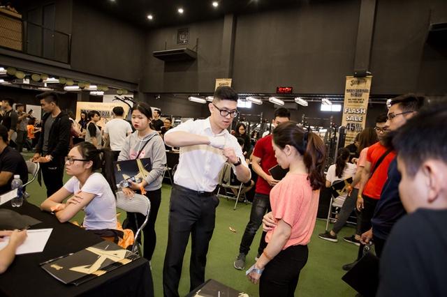 Tùng Sơn, Trang Lou, Ba Duy thử sức với chương trình tập gym chuẩn quốc tế - Ảnh 7.