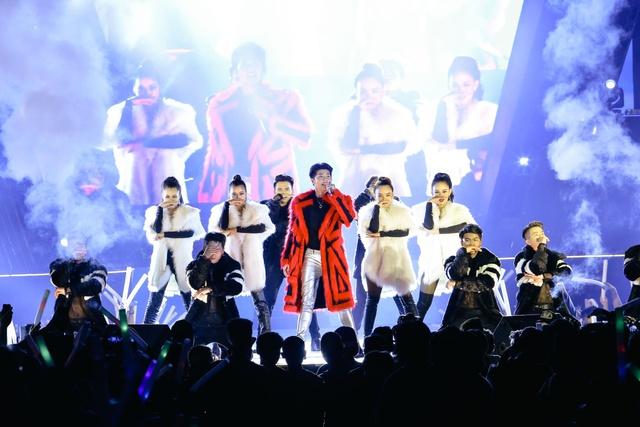 Mỹ Tâm, Noo Phước Thịnh, Tóc Tiên, Đông Nhi khuấy động ngày hội thời trang âm nhạc tại SVĐ Quân khu 7 - Ảnh 5.