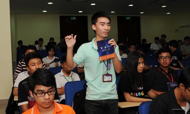Giới trẻ hào hứng đăng ký thi lập trình xe tự hành - Ảnh 1.