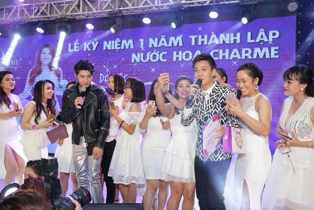 Dàn sao Việt hội tụ trong sự kiện tri ân khách hàng của nhãn hiệu nước hoa Charme - Ảnh 1.