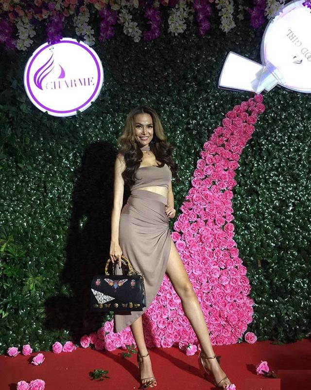 Dàn sao Việt hội tụ trong sự kiện tri ân khách hàng của nhãn hiệu nước hoa Charme - Ảnh 6.