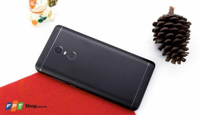 FPT Shop tài trợ 100% lãi suất khi mua trả góp Xiaomi Mi A1 - Ảnh 2.