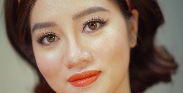 """Xem Beauty blogger Tracy Trinh hoá thân kiêu kỳ kiểu """"Cô Ba Sài Gòn"""" - Ảnh 3."""