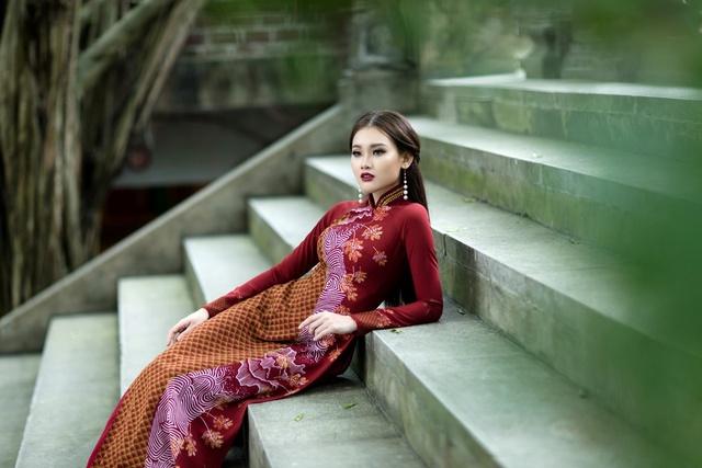 ART - Những tà áo dài mang tinh thần và vẻ đẹp của nghệ thuật - Ảnh 8.