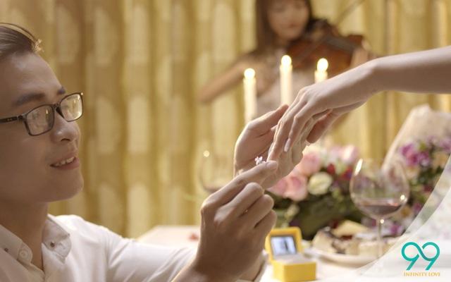 Cô gái nào cũng mơ ước, có được lời cầu hôn từ người mình yêu nhất - Ảnh 3.