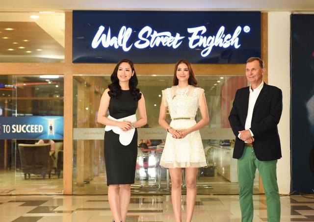 Người đứng sau khả năng tự tin nói tiếng Anh của thí sinh Hoa hậu Hoàn vũ Việt Nam 2017 - Ảnh 8.