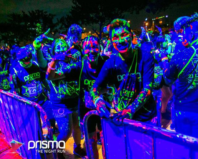 Lập team cho PRISMA dịp Black Friday này, tại sao không? - ảnh 5