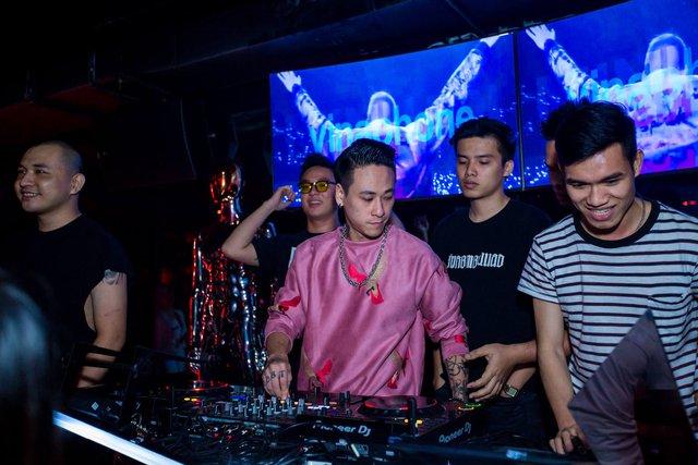"""DJ Minh Trí: Tham gia show """"Armin van Buuren by VinaPhone"""" đánh dấu sự trưởng thành của tôi - Ảnh 4."""