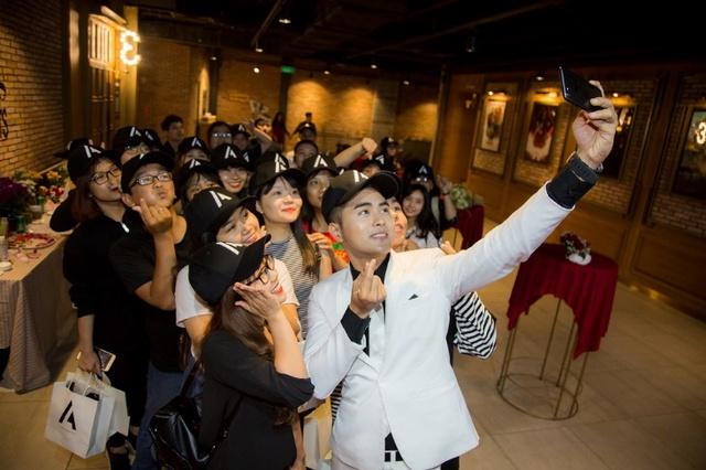 Allan Thanh Tú và quyết định từ bỏ tấm bằng thạc sĩ để theo đuổi con đường ca hát - Ảnh 6.