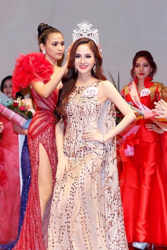 Bùi Thị Như Ý đăng quang Hoa hậu sắc đẹp Việt toàn cầu 2017 - Ảnh 1.