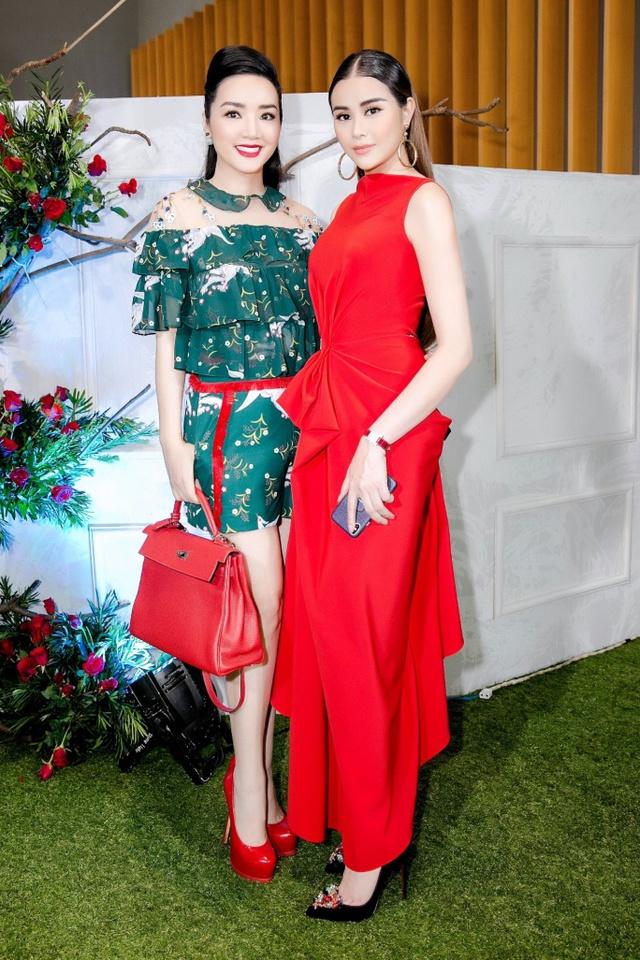 Hoa hậu Sella Trương nổi bật bên cạnh Hoa hậu Đỗ Mỹ Linh - Ảnh 5.