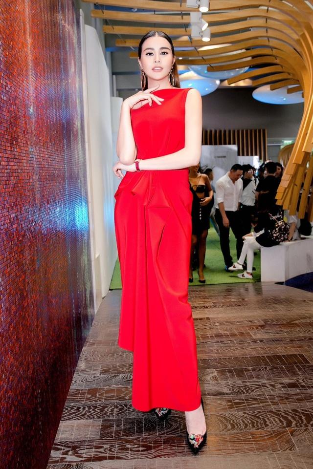 Hoa hậu Sella Trương nổi bật bên cạnh Hoa hậu Đỗ Mỹ Linh - Ảnh 9.