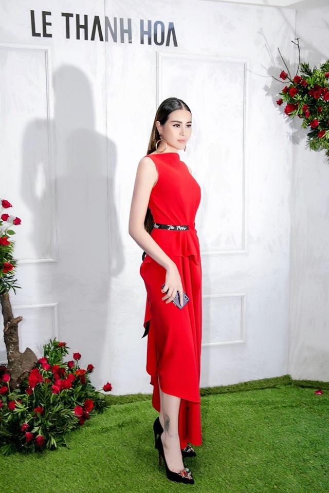 Hoa hậu Sella Trương nổi bật bên cạnh Hoa hậu Đỗ Mỹ Linh - Ảnh 10.