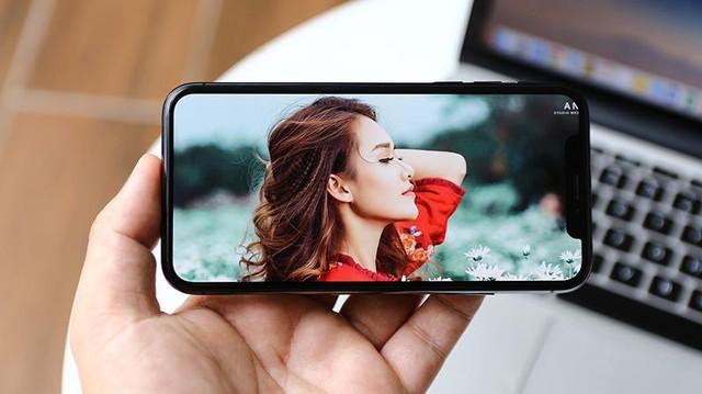 Muốn chất chơi phải biết trend smartphone màn hình tràn - Ảnh 2.