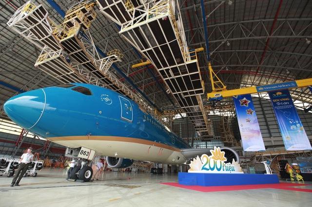 Vietnam Airlines tổ chức sự kiện đặc biệt chào đón hành khách thứ 200 triệu - Ảnh 7.