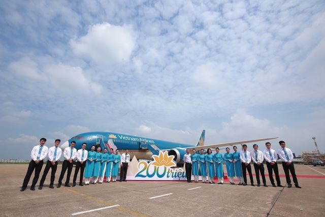 Vietnam Airlines tổ chức sự kiện đặc biệt chào đón hành khách thứ 200 triệu - Ảnh 9.