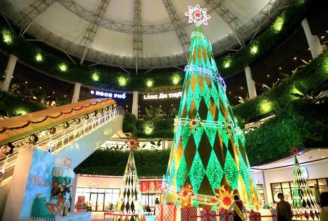 Những điểm đến không thể bỏ qua trong mùa Giáng sinh năm nay - Ảnh 5.