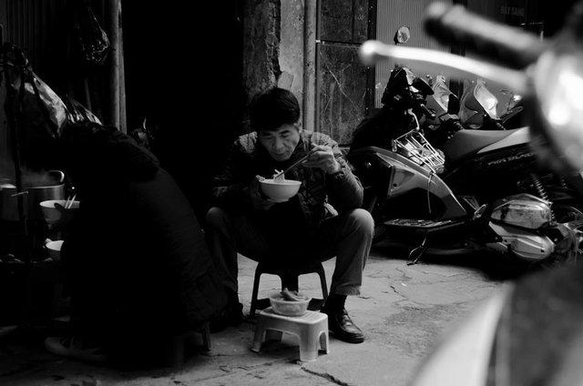 Hà Nội, Sài Gòn: Có những ngày cuối năm bình dị như thế! - Ảnh 3.