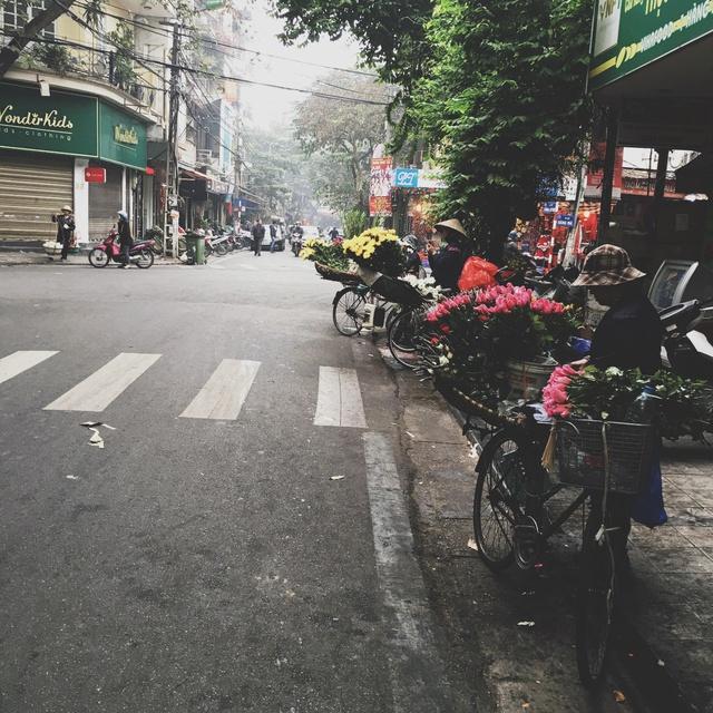 Khám phá thành phố - Đi để biết Hà Nội cổ kính và Sài Gòn nhộn nhịp như thế! - Ảnh 3.