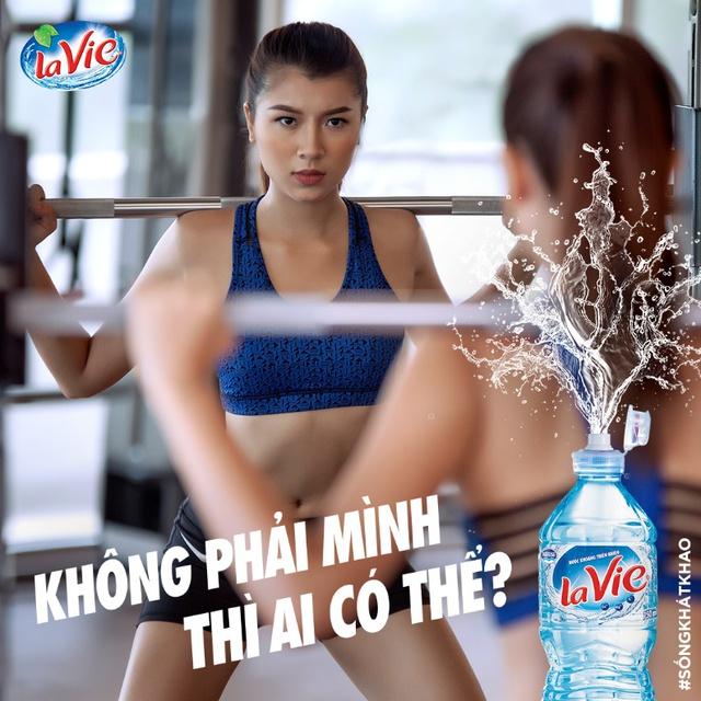 Đồng Ánh Quỳnh The Face khoe dáng nóng bỏng trong set đồ thể thao cực chất - Ảnh 8.