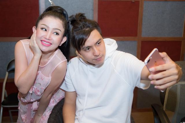 Janny Thủy Trần kết hợp cùng nhạc sĩ Tăng Nhật Tuệ ra mắt MV Tết - Ảnh 8.