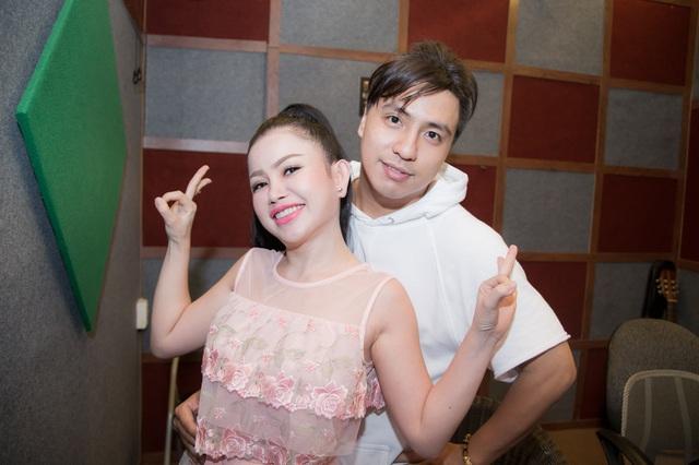 Janny Thủy Trần kết hợp cùng nhạc sĩ Tăng Nhật Tuệ ra mắt MV Tết - Ảnh 9.