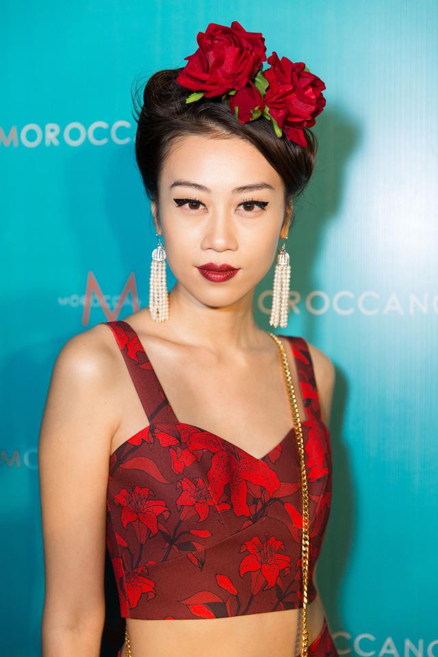 Bỏ túi bí kíp tóc đẹp từ hậu trường show diễn của hơn 100 người mẫu - Ảnh 6.