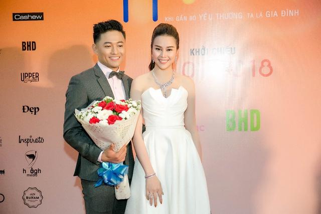 Hoa hậu Sella Trương diện cây hàng hiệu 3 tỷ sánh đôi cùng Quý Bình - Ảnh 2.
