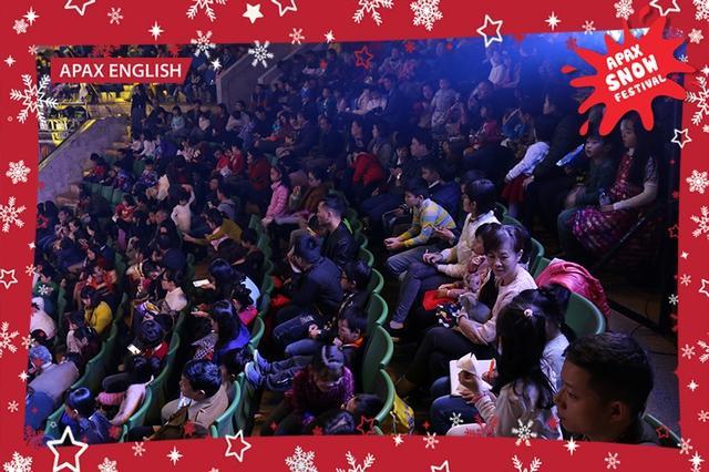 """""""Nam Tào Xuân Bắc"""" mang niềm vui đến với khán giả nhítại Lễ hội Tuyết rơi - Ảnh 3."""