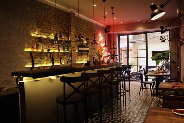 The First - Phong cách ẩm thực châu Âu thuần túy giữa lòng Sài Gòn - Ảnh 1.