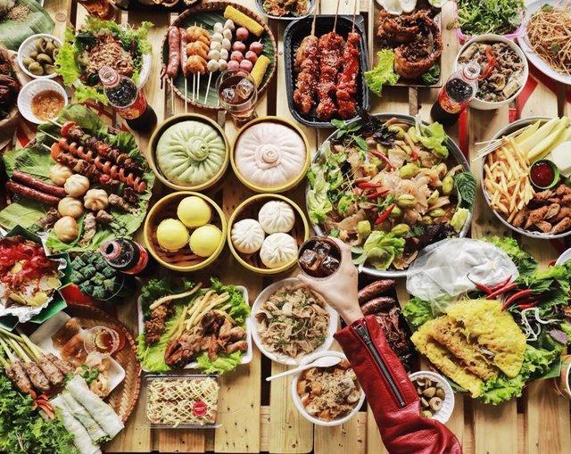 Dường như cả Hà Nội đều đang đổ về lễ hội ẩm thực đường phố này để ăn ngon, chụp ảnh đẹp! - Ảnh 3.