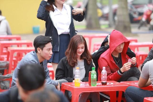 Dường như cả Hà Nội đều đang đổ về lễ hội ẩm thực đường phố này để ăn ngon, chụp ảnh đẹp! - Ảnh 5.