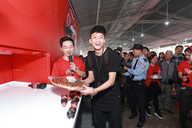 Dường như cả Hà Nội đều đang đổ về lễ hội ẩm thực đường phố này để ăn ngon, chụp ảnh đẹp! - Ảnh 8.