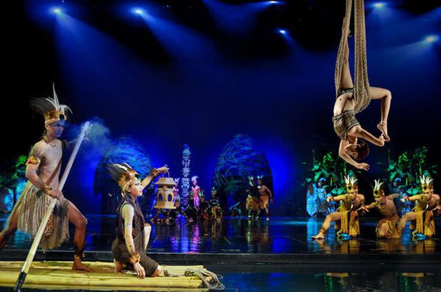 Mê du lịch, bạn nhất định phải xem show diễn văn hoá nổi tiếng ở từng quốc gia này - Ảnh 13.