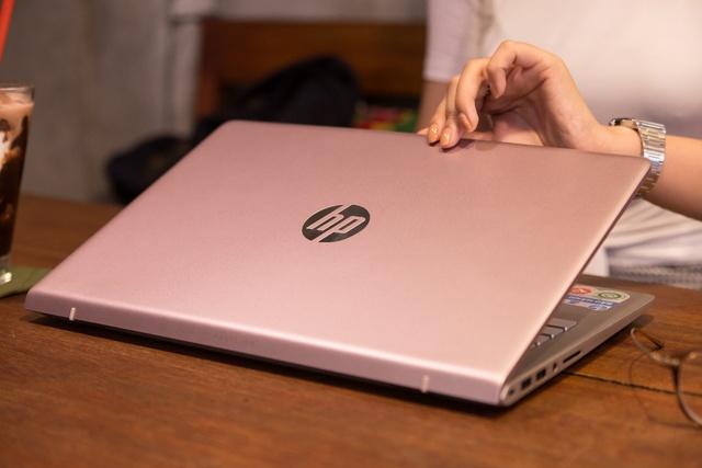 HP Pavilion 14 ra mắt phiên bản hồng nữ tính cho phái đẹp nhân dịp Valentine - Ảnh 4.