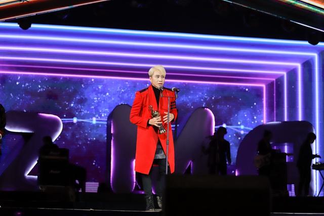 Min, Soobin, Hương Tràm đại thắng tại Zing Music Awards 2017 - Ảnh 6.