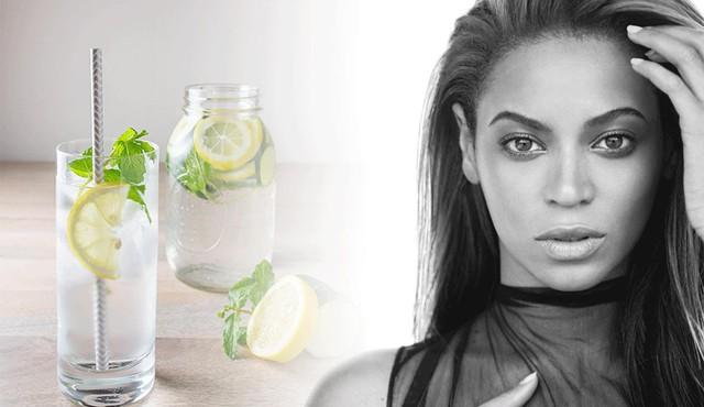 Da sáng, dáng đẹp khi uống nước detox đúng điệu - Ảnh 2.