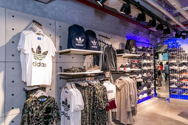 Đột nhập không gian cửa hàng siêu chất của adidas tại Bitexco - Ảnh 3.