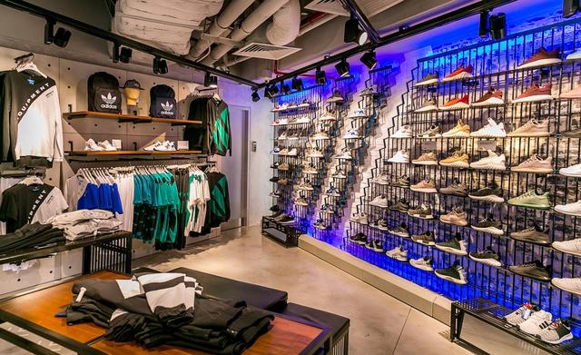 Đột nhập không gian cửa hàng siêu chất của adidas tại Bitexco - Ảnh 8.